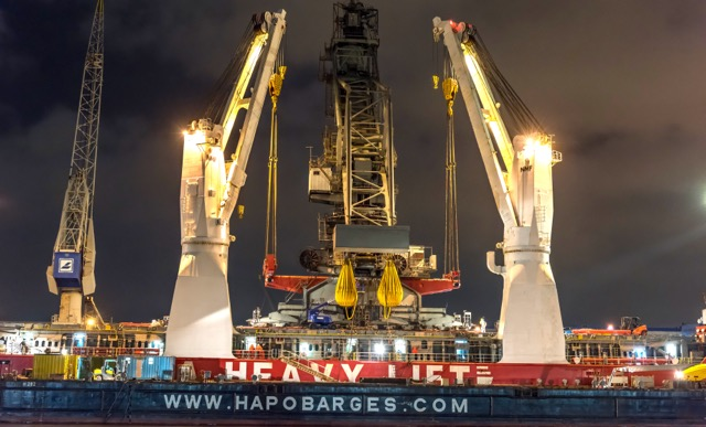 cranes-get-a-lift-from-hansa