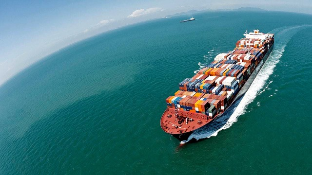 hapag-lloyd-takes-a-big-step-with-uasc