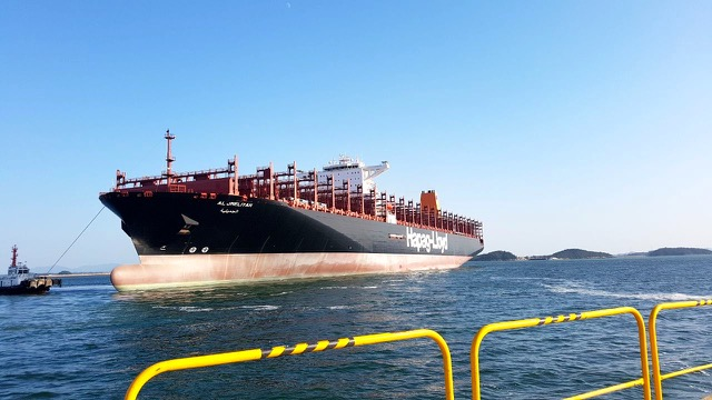 hapag-lloyd-completes-fleet-renewal-and-increases-capital-base