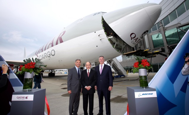 qatar-airways-takes-delivery-of-first-b747-8-freighter