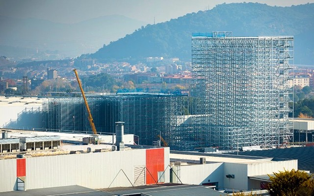 seat-builds-spain-s-tallest-logistics-warehouse