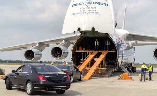 mercedes-fleet-arrives-in-time-for-angola-s-president