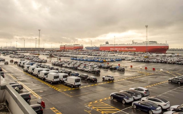 brussels-levies-395-million-fine-on-maritime-car-carriers