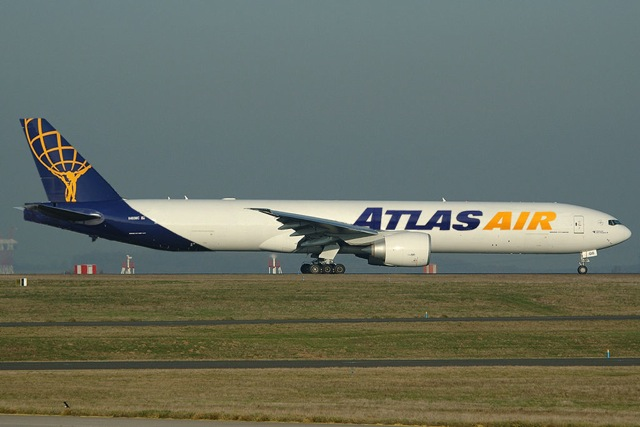 atlas air B777