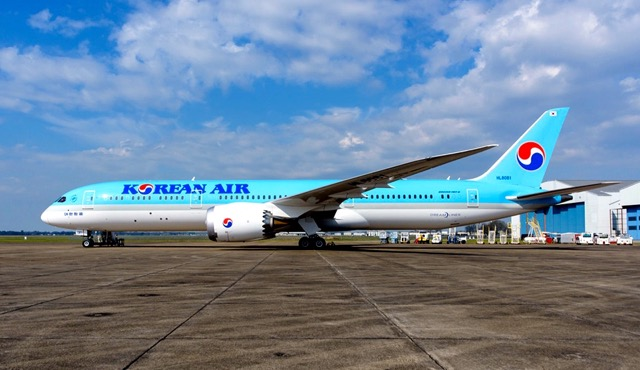 First Korean Air B787-9