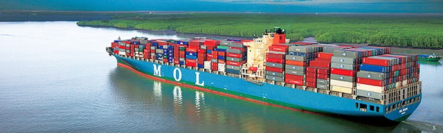MOL container ship